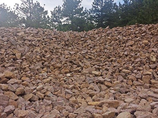 Red Crushed Granite Stone : Crr aggregate